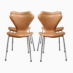 Cognacfarbene Modell Seven Lederstühle von Arne Jacobsen für Fritz Hansen, 1967, 4er Set