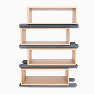 Stapelbare Vierteilige Versetzte Holzfächer von Debra Folz Design
