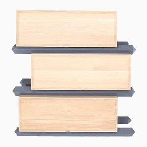 Scaffale a 3 cassetti sfalsati in legno di Debra Folz Design