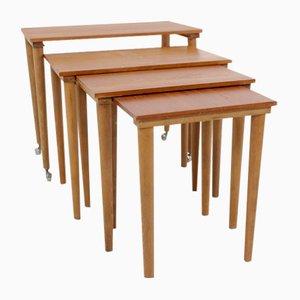 Tavolini a incastro Mid-Century in teak, Scandinavia, set di 4