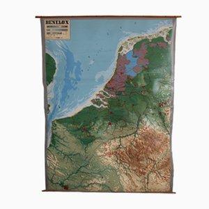 Mapa de Benelux vintage con relieve de Chur