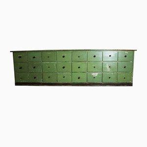 Mobile antico verde con cassetti