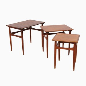 Tavolini a incastro vintage in teak marrone, Danimarca