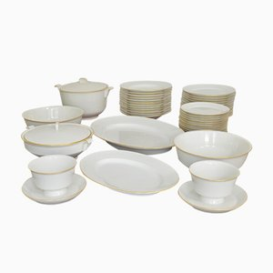 Halle´sche Form Porcelain Dining Service by Marguerite Friedlaender for KPM Berlin, 1934