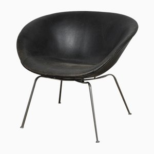 Mid-Century Danish Pot Chair by Arne Jacobsen for Fritz Hansen, 1950s
