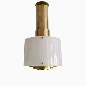 Lámpara de plexiglás danesa moderna Mid-Century de latón