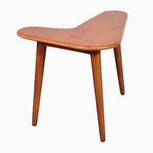 Petite Table d'Appoint en Forme de Bommerand, 1950s