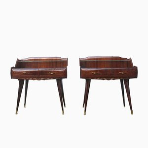 Tables de Chevet Vintage Sculptées, Italie, Set de 2