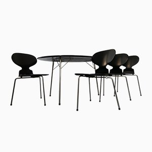Table Egg et Set de Chaises de Salon Ant par Arne Jacobsen pour Fritz Hansen, 1950s