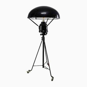 Lámpara de pie vintage de VEB Leuchten/Apparatebau Markkleeberg, años 60