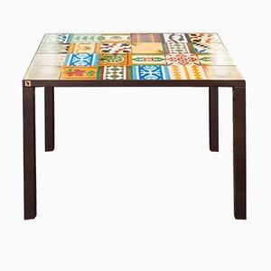 Table Plate Tau par Shirocco Studio, 2017