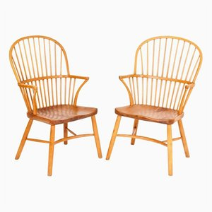 Vintage Windsor Chairs by Palle Suenson for Fritz Hansen, Set of 2