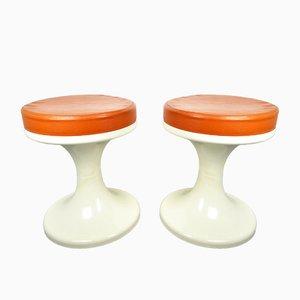 Taburetes Tulip en blanco y naranja, años 70. Juego de 2