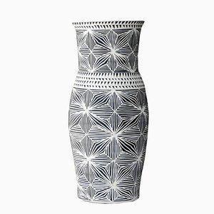 Fineline Vase von Dana Bechert