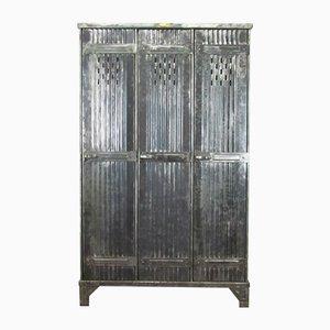 Taquilla vintage pulida con tres puertas de Strafor