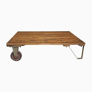 Tavolino da caffè grande Bauhaus industriale creato da un pallet, anni '50