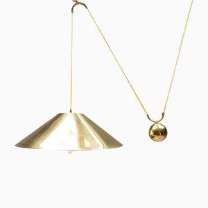 Lámpara colgante de latón con contrapeso de Florian Schulz, años 70