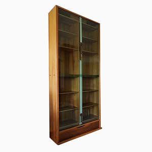 Vintage Tall Walnut & Green Glass Bookcase by Carlo Scarpa for Bernini, 1970s