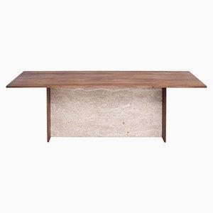 ADITI | Tisch aus Travertin und Recyceltem Eichenholz von Johanenlies