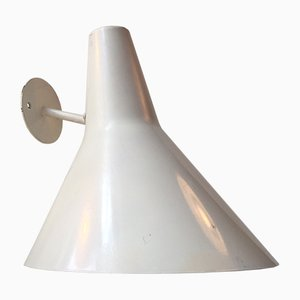 Lámpara de pared de exterior danesa modernista blanca de Fog & Mørup, años 70
