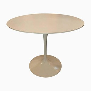 Mid-Century Modern American Tulip Dining Table by Eero Saarinen for Knoll Edition