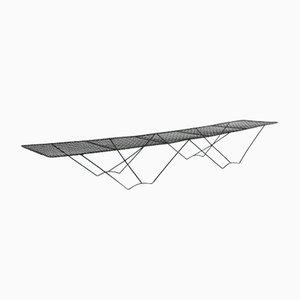 Mesa baja o banco de metal, años 50