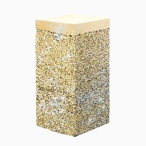 Mesa auxiliar Metal ROck S4 dorada de Michael Young para Veerle Verbakel Gallery, 2016