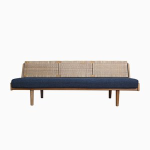 Danish GE-258 Oak & Rattan Daybed by Hans Wegner for Getama, 1954