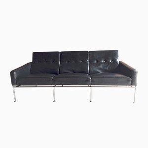 3300 Drei-Sitzer Sofa in Schwarzem Leder von Arne Jacobsen für Fritz Hansen, 1960er