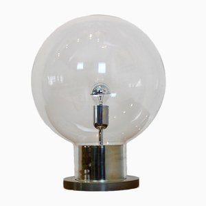 Lampada da tavolo grande Mid-Century sferica in vetro e placcata in cromo di Raak