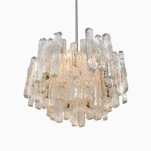 Lámpara colgante grande de cristal hielo de tres pisos de Kalmar, años 60