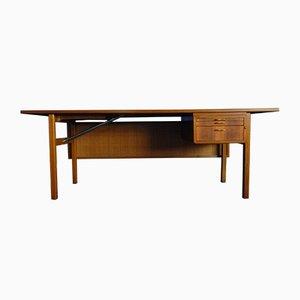 Mid-Century Walnuss Schreibtisch mit Geflochtener Rückwand, 1950er