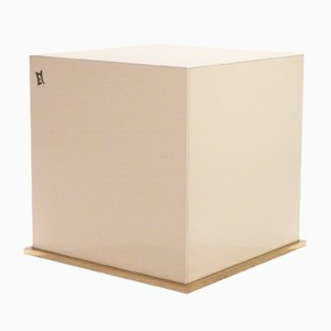 Tavolino cubico in ottone dipinto di JC Mahey per Maison Romeo, anni '70