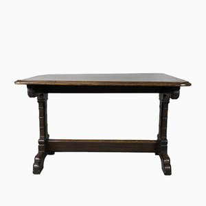 Tavolo da pranzo vintage in stile gotico in legno di quercia