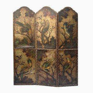 Divisorio antico in pelle con uccelli e fiori
