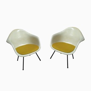 Poltrone LAX Easy di Charles & Ray Eames per Mobilier International, anni '70, set di 2