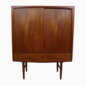 Teak Highboard by Henning Kjaernulf for Vejle Mobelfabrik, 1960s