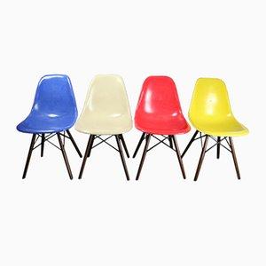 Vintage DSW Glasfaser Stühle von Charles & Eames für Herman Miller, 4er Set