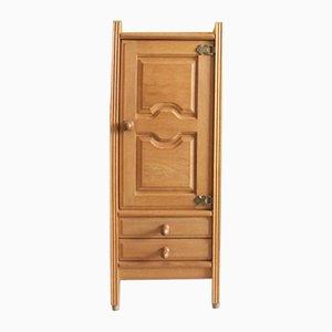 Mueble alto de roble de Guillerme & Chambron, años 60