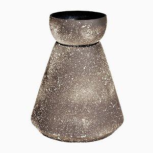 Traces Copan Vase von Sophie Dries, 2017