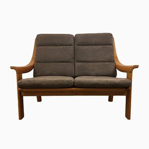 Sofá de teca biplaza de Poul Jeppesen, años 70