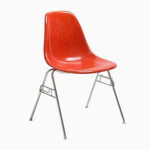 Chaise DSS Rouge Vintage par Charles & Ray Eames pour Herman Miller