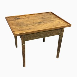 Table Basse Antique en Merisier