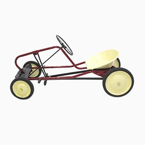 Macchina a pedali da bambino rossa, anni '50