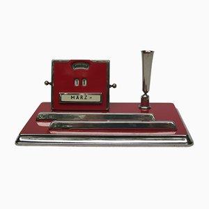 Bauhaus Schreibset mit Ewigem Kalender aus Chrom & Karminrotem Lack von Jakob Maul