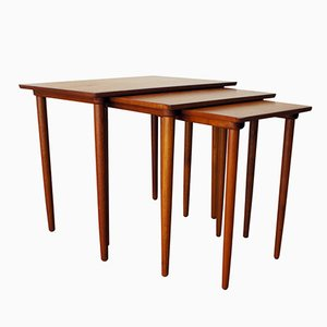 Tavolini a incastro in teak di H.W. Klein per Bramin, anni '70