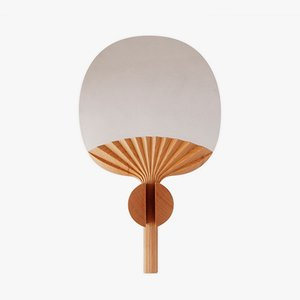 Espejo Selfportrait de madera de cerezo natural de Studio Lido para Portego