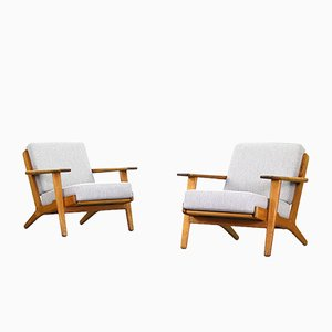 Vintage Lounge Chairs by Hans J. Wegner for Getama, Set of 2