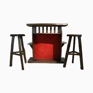 Mueble bar con dos taburetes de Olavi Hanninen para Mikko Nupponen, años 50