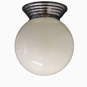 Französische Art Deco Metall & Opalglas Deckenlampe